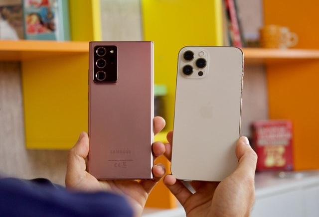 iPhone 12 Pro Max đọ dáng cùng Samsung Galaxy Note20 Ultra - 7