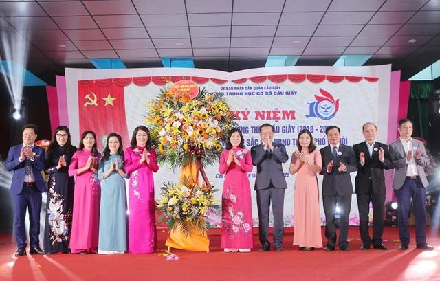 Trường THCS top đầu Hà Nội kỷ niệm 10 năm thành lập - 8