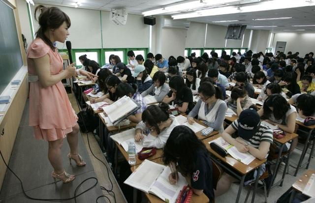 Dịch Covid-19 phức tạp, Hàn Quốc chạy đua cho kỳ thi đại học đầu tháng 12 - 2