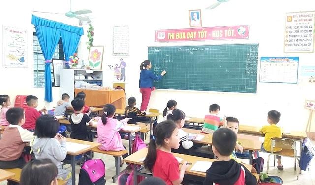 Sách giáo khoa lớp 1: Giáo viên vừa dạy vừa ghi nhật ký - 1