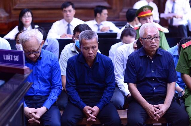 Đang thụ án tù chung thân, cựu Tổng giám đốc DongAbank lại hầu tòa - 2