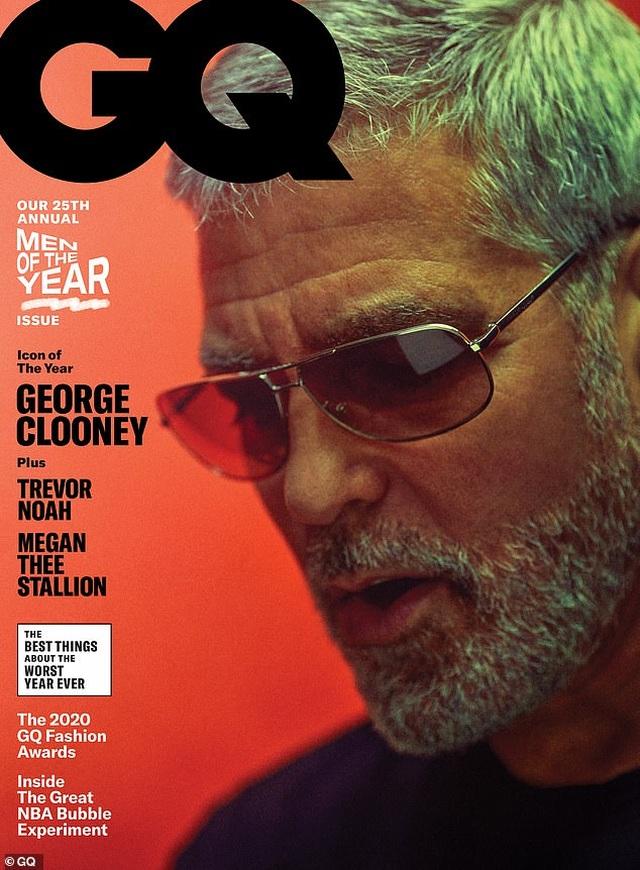 George Clooney gặp tai nạn suýt chết, còn mọi người mải miết chụp hình - 1