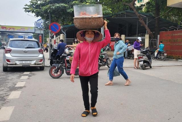 Lao động ngoại tỉnh: Những lát cắt không thể thiếu nơi phố thị - 1