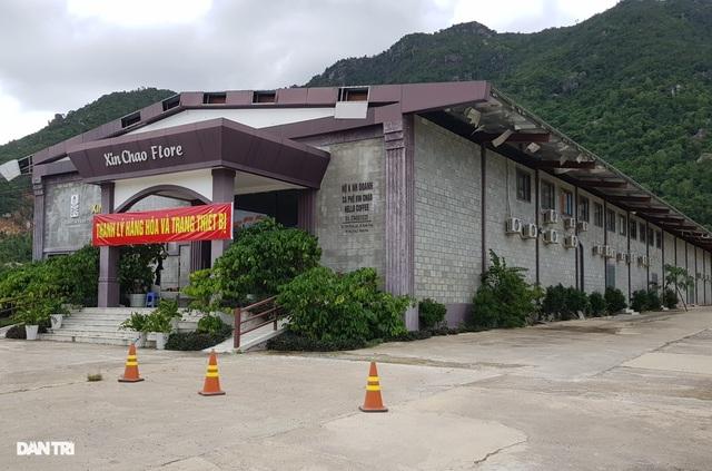 """Showroom đón khách Trung Quốc sắp bị cưỡng chế: Xuất hiện dấu hiệu """"lạ"""" - 2"""