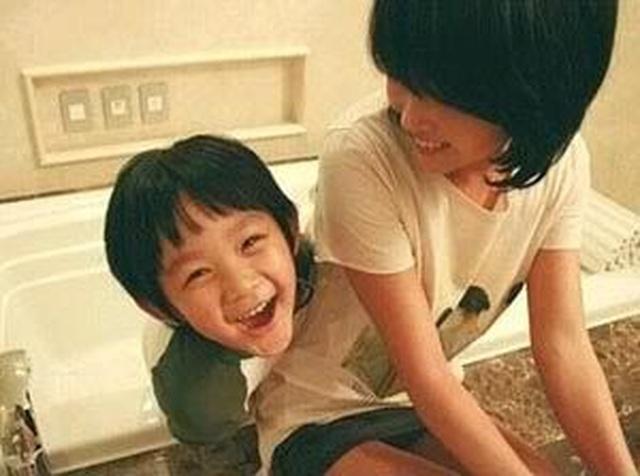 Con trai ngôi sao quá cố Choi Jin Sil trở thành ca sĩ - 2