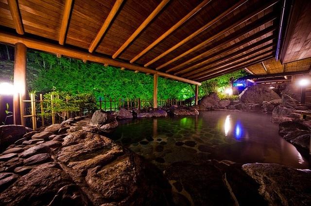 Khách sạn onsen lâu đời nhất thế giới ở Nhật Bản - 5