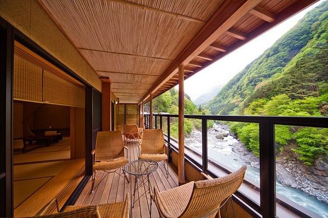 Khách sạn onsen lâu đời nhất thế giới ở Nhật Bản - 6