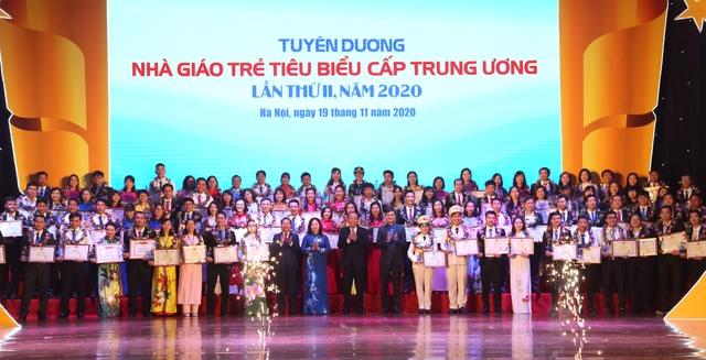 Vinh danh 99 nhà giáo trẻ tiêu biểu cả nước - 4