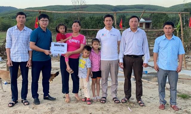 Gia đình bị lũ cuốn trôi nhà được bạn đọc giúp đỡ gần 200 triệu đồng - 3