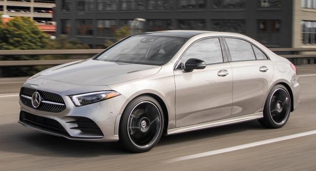 Xe Mercedes sẽ dùng động cơ do đối tác Trung Quốc sản xuất - 1