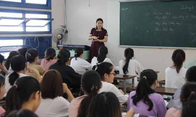 Những thầy cô truyền cảm hứng yêu cái đẹp cho học trò - 3