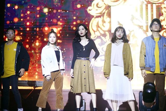 Dàn người mẫu sinh viên ĐH Luật Hà Nội đầy thần thái đón chào ma mới - 3