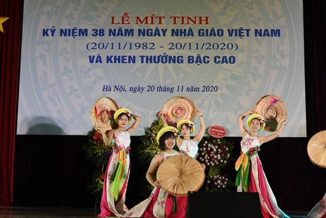 GS Nguyễn Văn Minh: Dạy học là một thiên chức đạo đức - 1