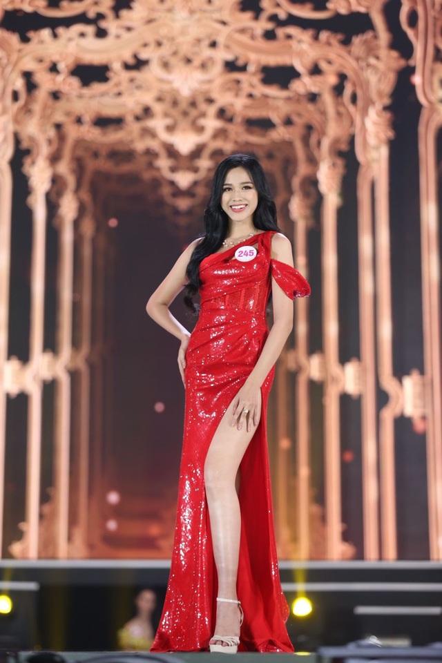 Đỗ Thị Hà giành vương miện Hoa hậu Việt Nam 2020 - 2