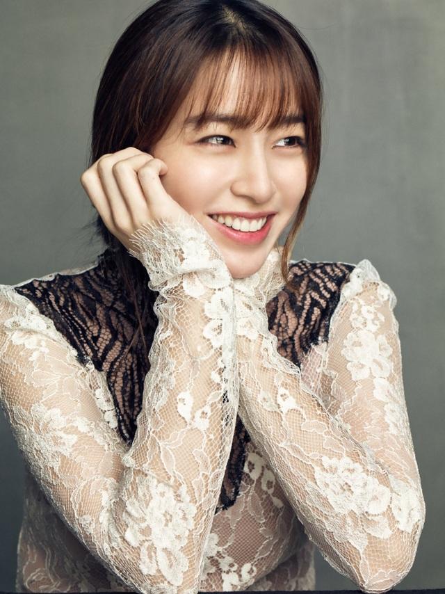 """""""Bã xã"""" Lee Byung Heon chia sẻ về người chồng đào hoa - 13"""