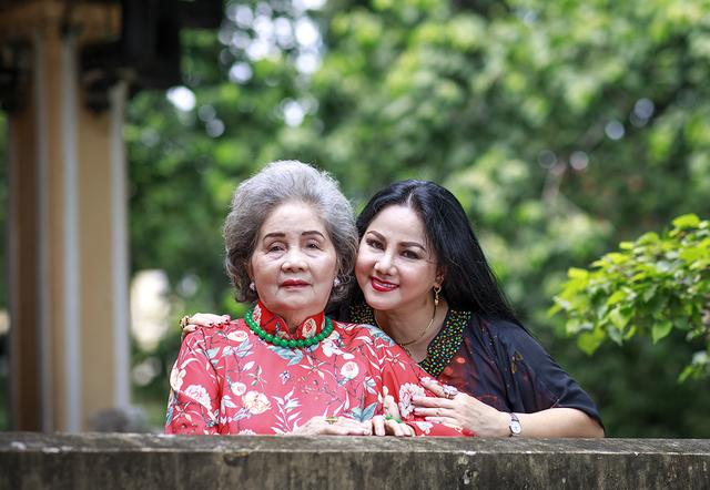 Ca sĩ Ngọc Ánh ngưỡng mộ cuộc hôn nhân 65 năm vẫn ngọt ngào của ba mẹ - 9