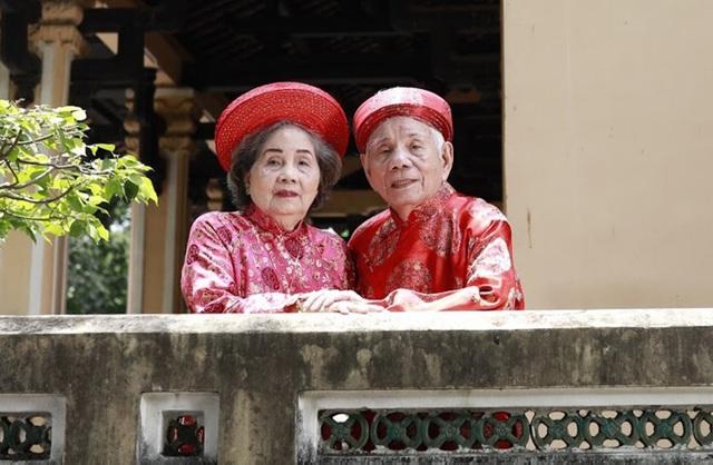 Ca sĩ Ngọc Ánh ngưỡng mộ cuộc hôn nhân 65 năm vẫn ngọt ngào của ba mẹ - 3
