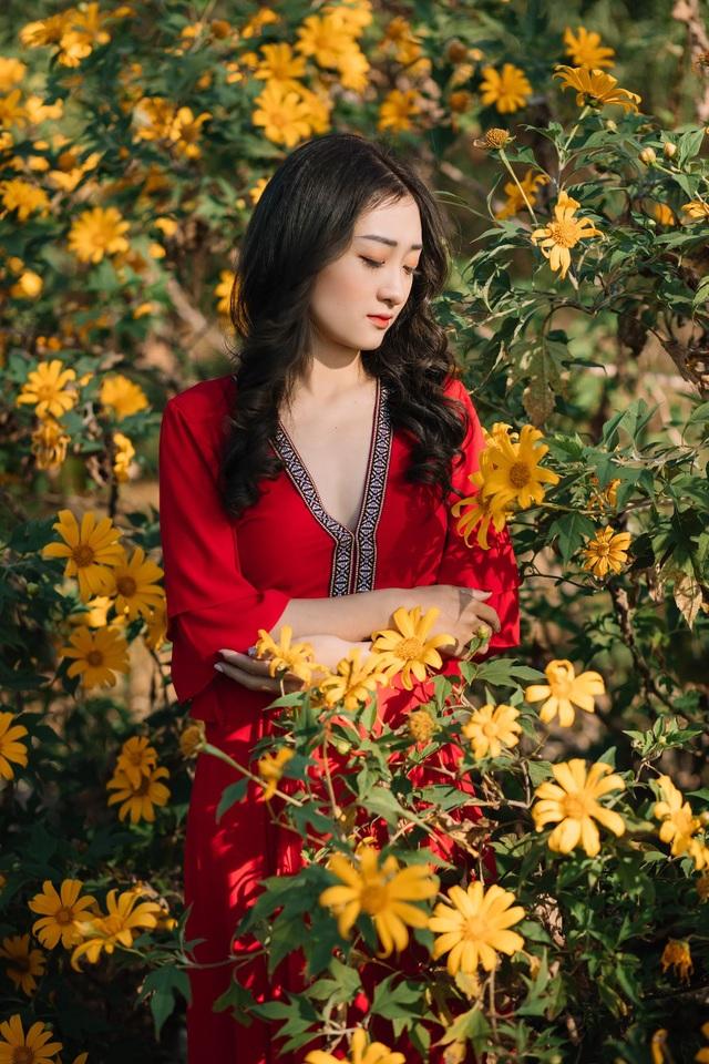 Giới trẻ nô nức check-in, khoe ảnh bên sắc hoa dã quỳ - 5