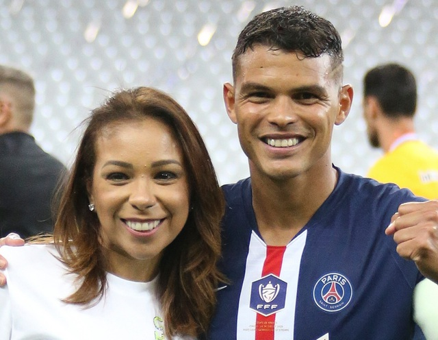 """Thi đấu xa nhà, Thiago Silva bất ngờ được bà xã tặng """"quà"""" - 4"""