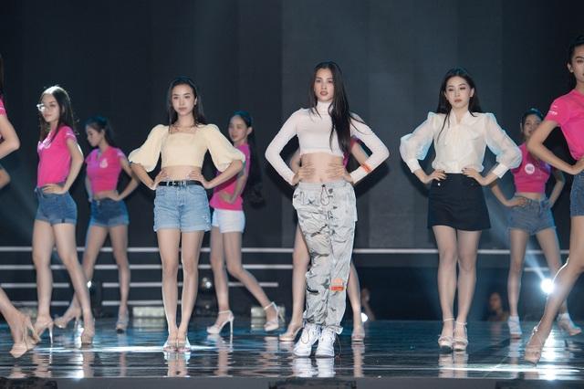 Đột nhập hậu trường Hoa hậu Việt Nam 2020 trước giờ G