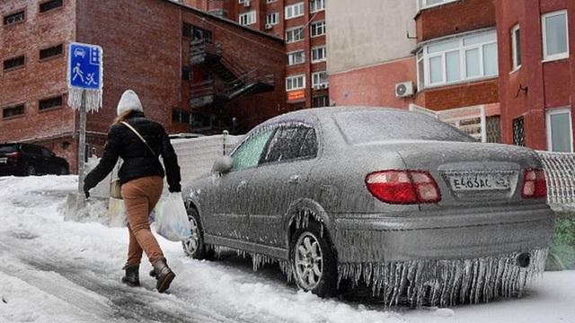 Thành phố Nga tê liệt vì mưa băng thảm họa - 7