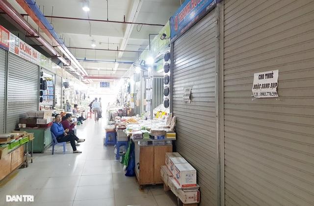 Ế ẩm vì Covid-19, tiểu thương chợ Đầm Nha Trang ồ ạt sang nhượng lô sạp - 4