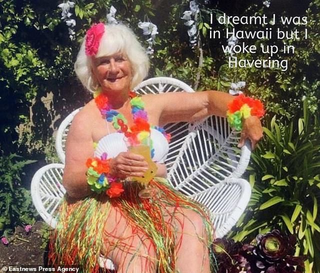 Bà cụ 80 tuổi chụp ảnh lịch khỏa thân giúp gây quỹ từ thiện - 3