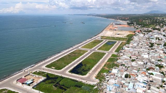 """Vì sao những dự án giao """"đất vàng"""" tại Bình Thuận không qua đấu giá? - 1"""