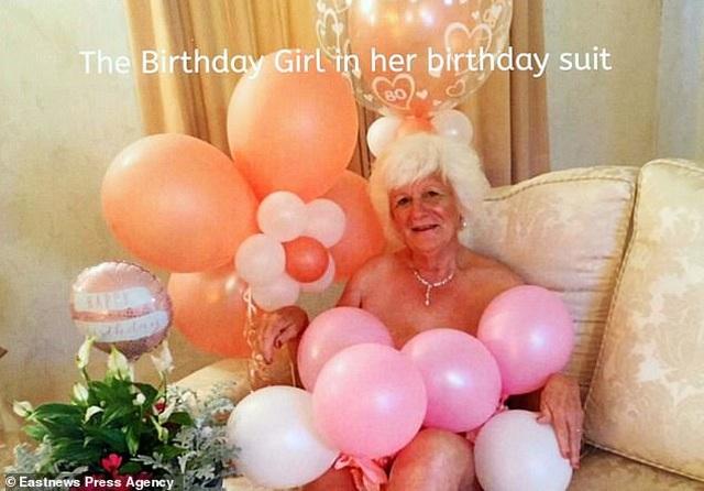 Bà cụ 80 tuổi chụp ảnh lịch khỏa thân giúp gây quỹ từ thiện - 6