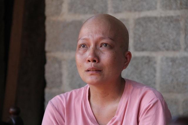 Xót xa cô giáo trẻ lầm lũi chống chọi ung thư trong căn nhà tạm trên rẫy - 4
