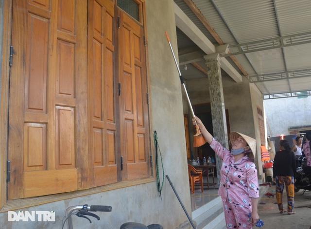 Người dân vùng rốn lũ phấn khởi ngày khởi công xóm nhà phao cứu sinh - 14