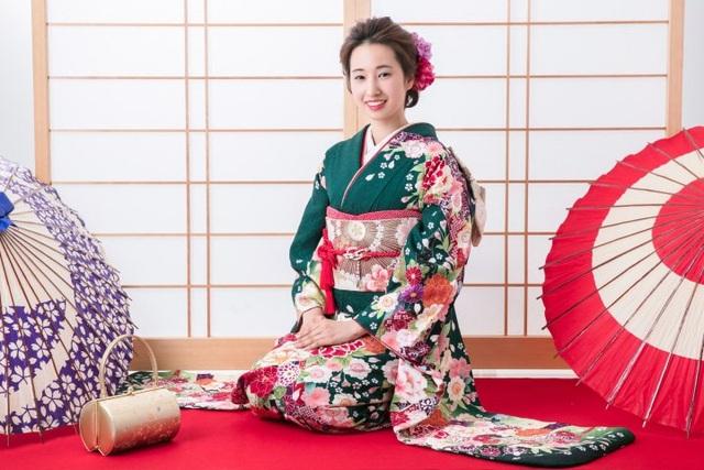 Furisode: Loại kimono giúp các thiếu nữ thể hiện tình yêu - 1