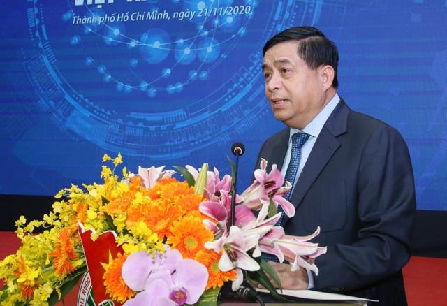 Trí thức trẻ đề xuất giải pháp phát triển Việt Nam bền vững tới 2045 - 3