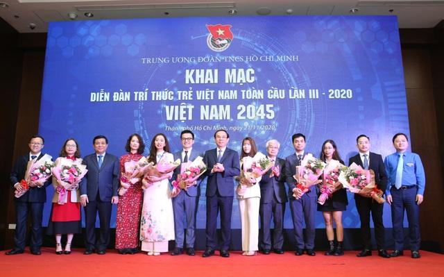 Trí thức trẻ đề xuất giải pháp phát triển Việt Nam bền vững tới 2045 - 1