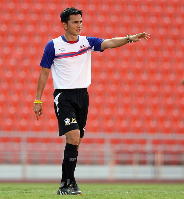 HLV Kiatisuk được chờ đợi mang đến điều đặc biệt cho V-League - 1
