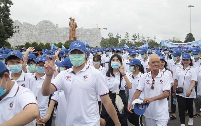 """Bình Định: Gần 3.000 người đi bộ """"Cho một trái tim khỏe"""" - 2"""