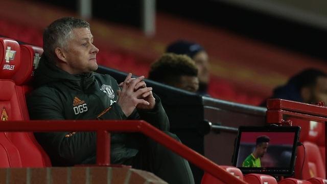 Man Utd thắng trận đầu tiên tại Old Trafford, HLV Solskjaer nói gì? - 1
