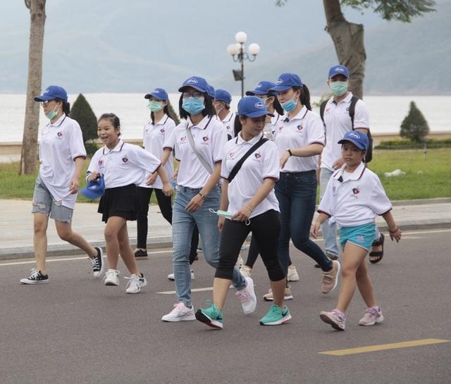 """Bình Định: Gần 3.000 người đi bộ """"Cho một trái tim khỏe"""" - 4"""