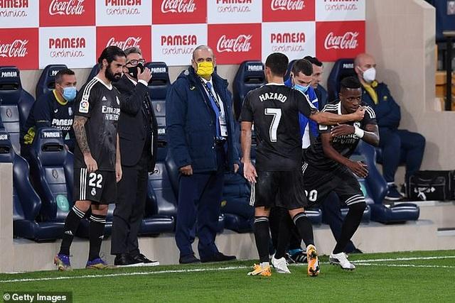 Villarreal 1-1 Real Madrid: Trận hòa thất vọng - 8