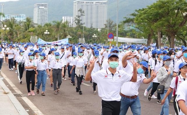 """Bình Định: Gần 3.000 người đi bộ """"Cho một trái tim khỏe"""" - 3"""