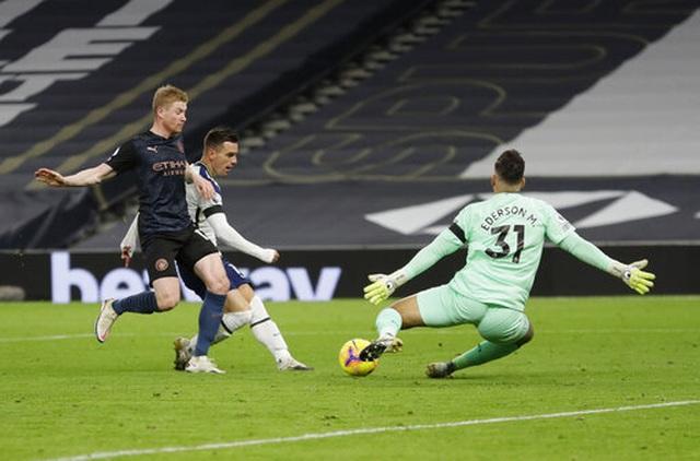 Những khoảnh khắc Tottenham hạ gục Man City, lên ngôi đầu bảng - 11