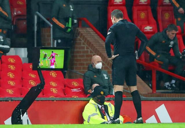 Man Utd thắng tối thiểu trước West Brom nhờ quả phạt đền - 4
