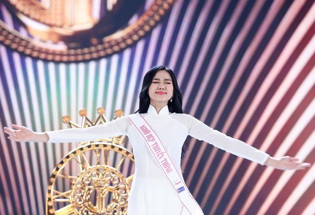 Những giọt nước mắt trên sân khấu Chung kết Hoa hậu Việt Nam - 4