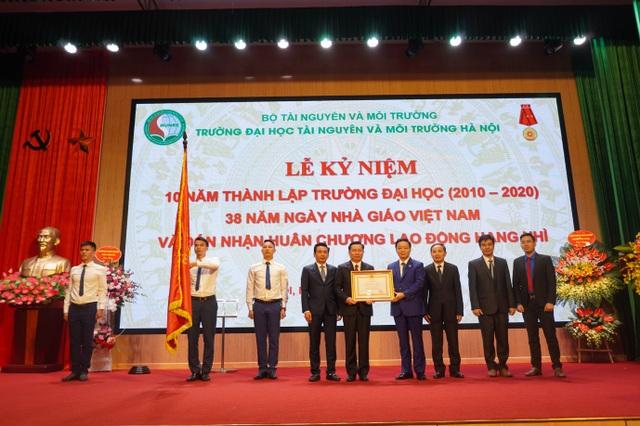 Đại học Tài nguyên và Môi trường Hà Nội kỷ niệm 10 năm thành lập - 1
