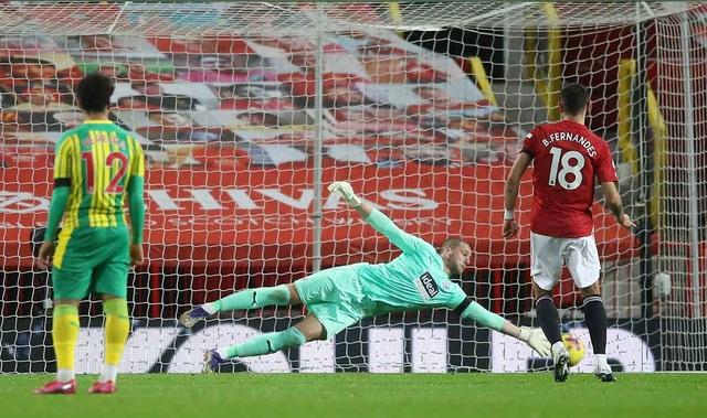 Man Utd thắng trận đầu tiên tại Old Trafford, HLV Solskjaer nói gì? - 2