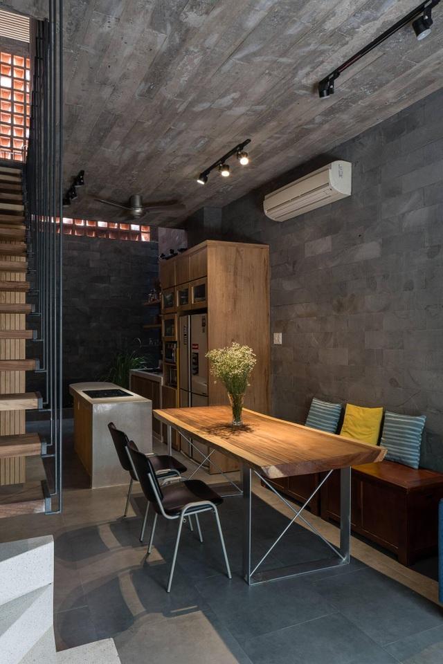 """Nhà ống """"nhỏ mà có võ"""", thiết kế tối giản với 5 kiểu cầu thang ở Sài Gòn - 5"""