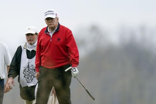 Ông Trump bỏ họp thượng đỉnh G20 giữa chừng đi chơi golf - 1