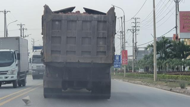 Đoàn xe dấu hiệu quá tải hoành hành trên quốc lộ: CSGT Hải Dương nói gì? - 2