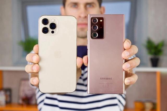 So sánh chất lượng ảnh chụp trên iPhone 12 Pro Max và Galaxy Note20 Ultra - 1