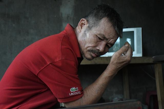Nhân viên quán bánh xèo bị chủ bạo hành:  Mẹ mất sớm, cha mắc bệnh tâm thần - 2